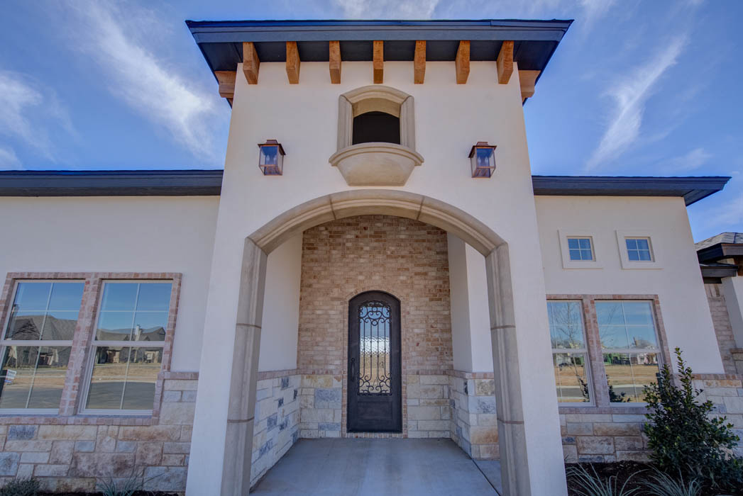 Beautiful exterior of Lubbock, Texas area home.
