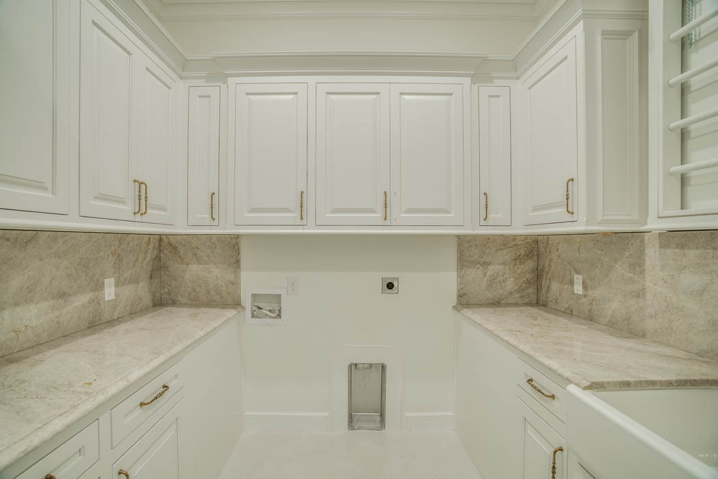 Great laundry room in home by Sharkey Custom Homes in Lubbock, Texas.